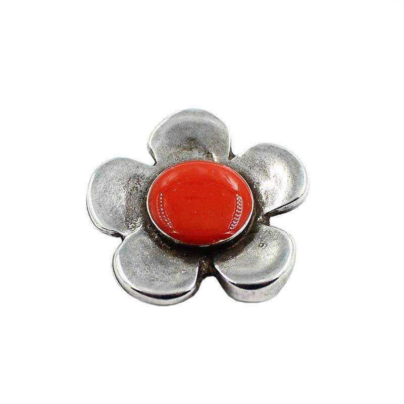 Entrepieza flor de colores, hecha de zamak y plata