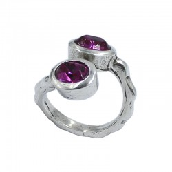 Ring two Swarovski crystals oval
