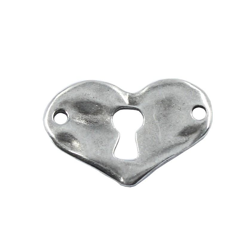 Connector irregular heart