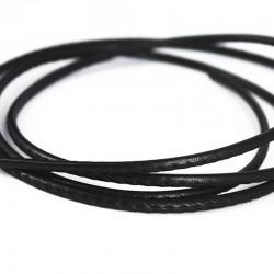 Cordón de cuero negro cosido
