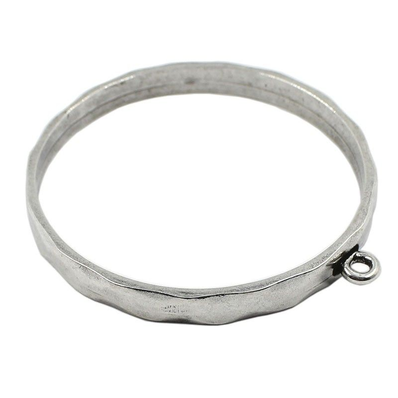 Bracelet rigid zamak with a ring for hanging charms