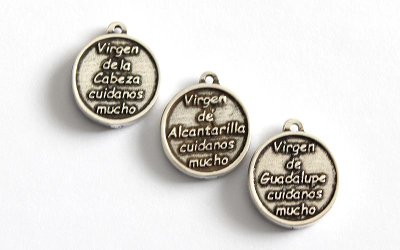 Medallitas Virgen de zamak
