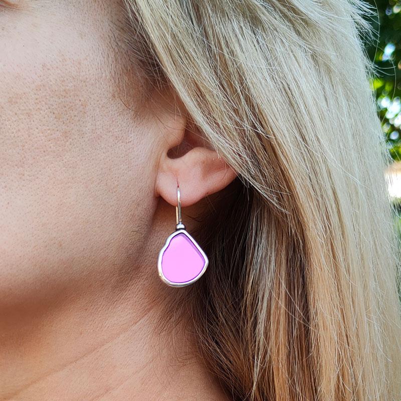 Pendientes simples con cristal rosa espejado